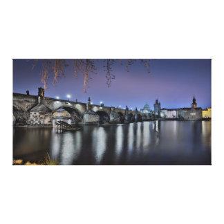 Impressão Em Tela Ponte de Praga Charles na noite
