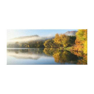 """Impressão Em Tela Reflexão do leste 23x10 .75"""" do lago"""