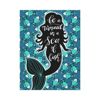 Impressão Em Tela Seja uma sereia em um mar dos peixes