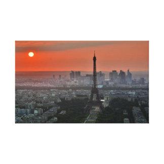 Impressão Em Tela Torre Eiffel icónica Paris France no por do sol
