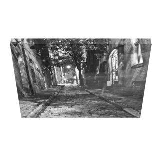 Impressão Em Tela Vista para baixo na rua escura