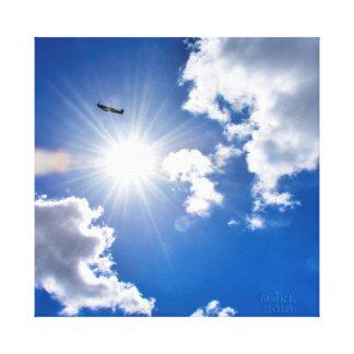 Impressão Em Tela Vôo do avião da cabeça-quente WW2 após o sun.