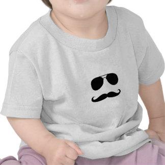 Impressão engraçado da cara do bigode t-shirts