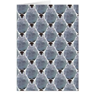 Impressão geométrico da aproximação do pinguim cartão comemorativo
