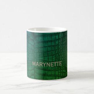 Impressão verde do couro do crocodilo caneca de café