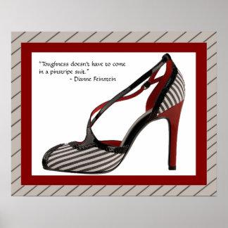 Impressão w/quote dos calçados das riscas
