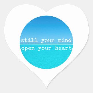 Inale expiram citações de relaxamento de adesivo coração