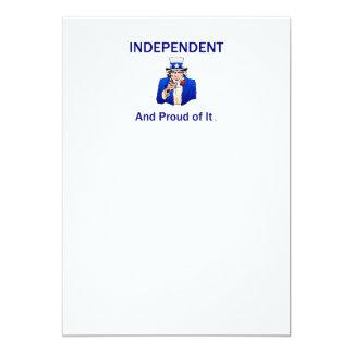 Independente orgulhoso do T Convite 12.7 X 17.78cm