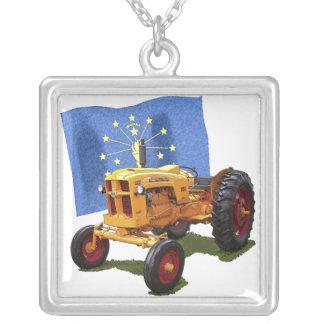 Indiana 445 colar com pendente quadrado
