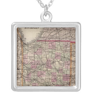 Indiana 5 colar com pendente quadrado