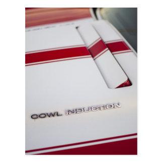 Indução do capuz por Chevrolet Cartão Postal