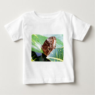 inseto bonito da imagem do tan do marrom da traça camiseta para bebê