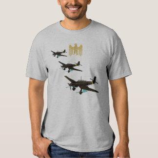 Insígnias de Luftwaffe sobre Stuka Camisetas
