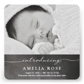 Introduzindo o anúncio recém-nascido do bebê de convites personalizados