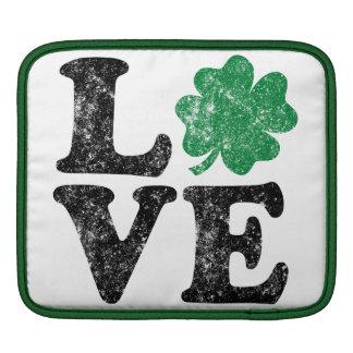Irlandês do trevo do AMOR do Dia de São Patrício Sleeve Para iPad
