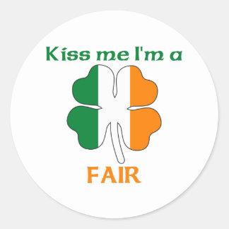 Irlandeses personalizados beijam-me que eu sou adesivo redondo