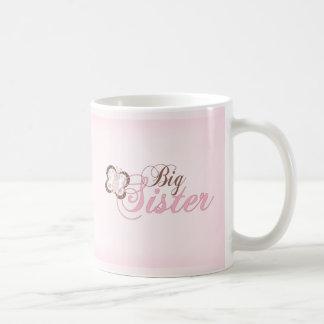 Irmã mais velha cor-de-rosa da borboleta 2 caneca