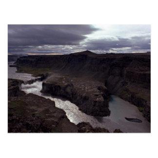 Islândia no alvorecer cartão postal