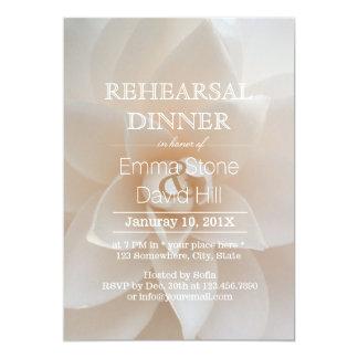 Jantar de ensaio floral branco simples do convite