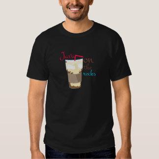 Java em rochas camisetas