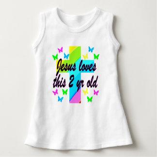 JESUS AMA ESTA ORAÇÃO CRISTÃ da criança de 2 anos Camisetas