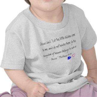 Jesus ama o tshirt da criança das crianças pequena