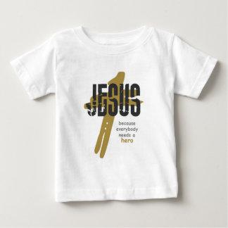 Jesus é um herói camiseta