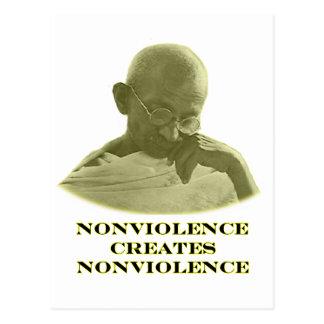 jGibney amarelo do Nonviolence O MUSEU Zazzle Cartão Postal