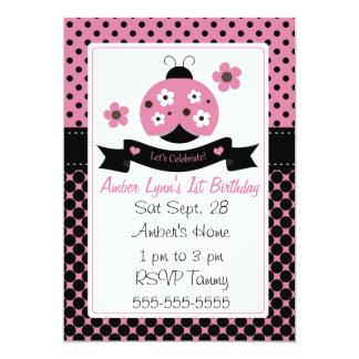 Joaninha cor-de-rosa com branco & flores de Brown Convite Personalizado