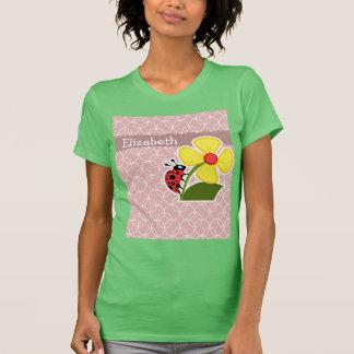 Joaninha em círculos malva camisetas