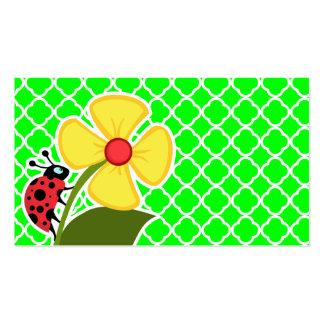 Joaninha em Quatrefoil verde elétrico Cartões De Visitas