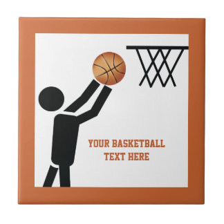 Jogador de basquetebol com costume da bola