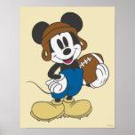 Jogador de futebol 3 de Mickey Mouse Posters