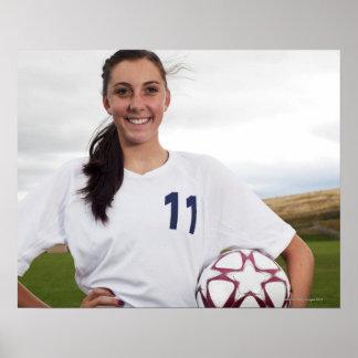 jogador de futebol adolescente de sorriso da menin poster
