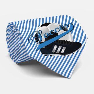 Jogador de futebol da listra azul gravata