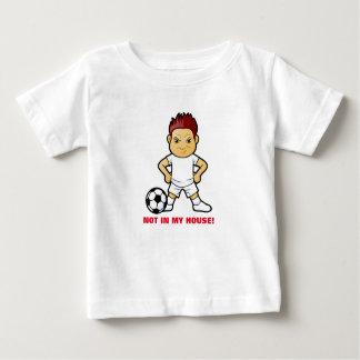 Jogador de futebol louco no t-shirt do bebê camiseta para bebê