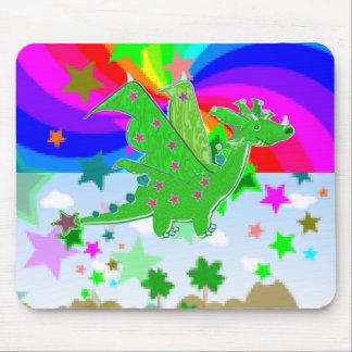 Jogo bonito do dragão verde mouse pad