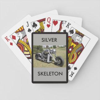 Jogo De Carta Motocicleta de esqueleto de prata em uma