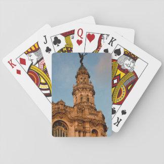 Jogo De Carta Pináculo velho da construção, Havana, Cuba