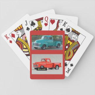 Jogo De Carta Plataforma de cartões de jogo com dois camionetes