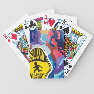 Jogo lento das crianças do remoinho baralhos para poker