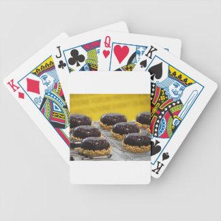 Jogos De Baralhos Bolos de chocolate vitrificados pequenos com grões
