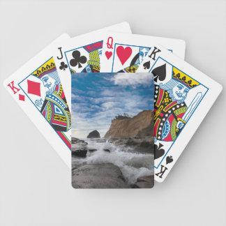 Jogos De Cartas Rocha do monte de feno na costa EUA de Kiwanda