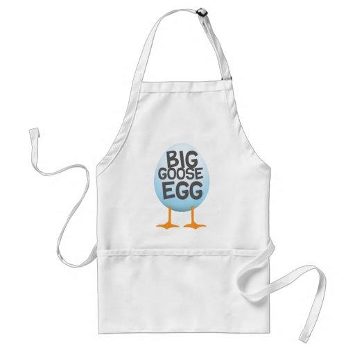 Jogos grandes do ovo de ganso avental