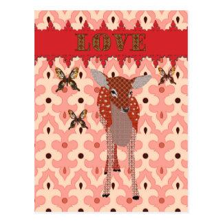 Jovem corça ambarina & cargo cor-de-rosa do amor cartão postal