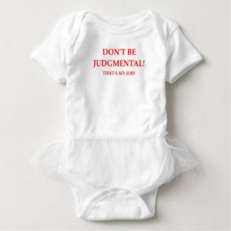 juiz body para bebê
