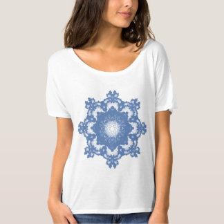 Julia ajusta-se (o design decorativo do Fractal) Camiseta