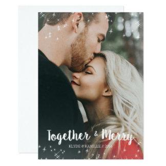 Junto & cartão com fotos alegre