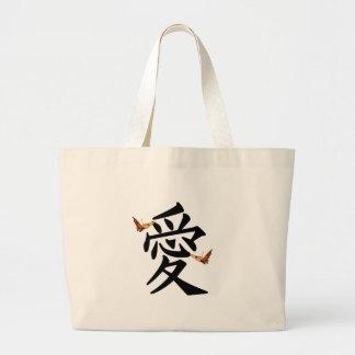 Kanji para o amor com duas borboletas sacola tote jumbo