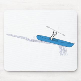Kayaker na água mouse pad